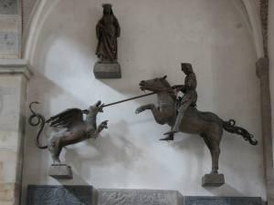 Sisa-sisa relief katolik di Ribe's Chatedral